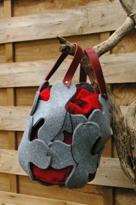 sac structure gris rouge2