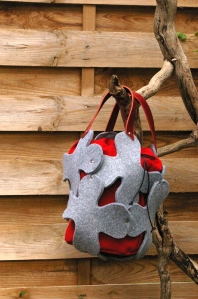 sac stucture gris rouge