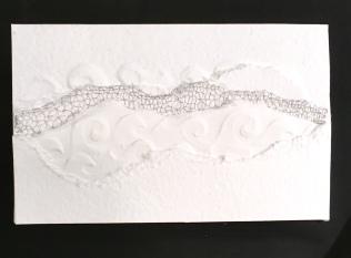 papier gaufré, art contemporain, dentelle contemporaine, fil métallique