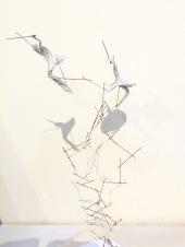 papier gaufré, art contemporain, dentelle contemporaine, fil métallique, sculpture métal, papier froissé